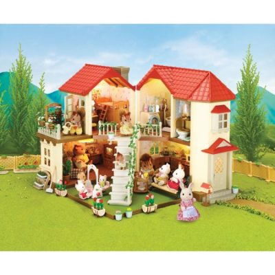 Walmart – Calico Critters Luxury Townhome Gift Set Only $99.99 (Reg $122.46) + Free Shipping