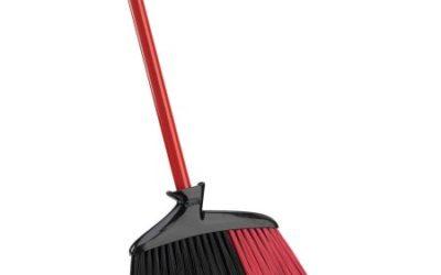 Walmart – Libman Indoor & Outdoor Angle Broom Only $14.63 (Reg $15.99) + Free Store Pickup