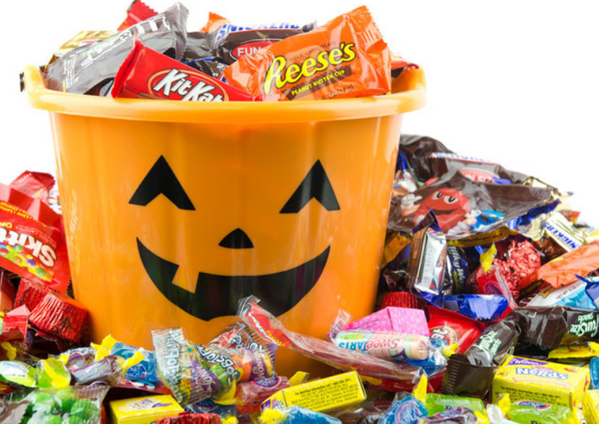 Amazon – Halloween Candy Up To 30% Off Mars, Nestle, Brach's and More! (Today Only!)