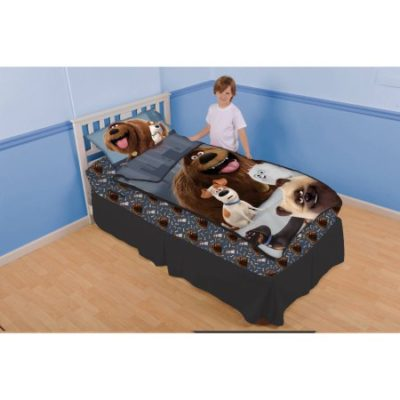 Walmart – Secret Life of Pets 'Barking Buddies' Zip It Bedding Set with Pillowcase Only $14.95 (Reg $29.88) + Free Store Pickup