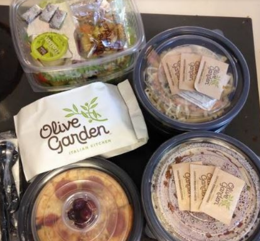 Olive Garden Breadsticks, Salad or Soup AND Entree For Only $5.94