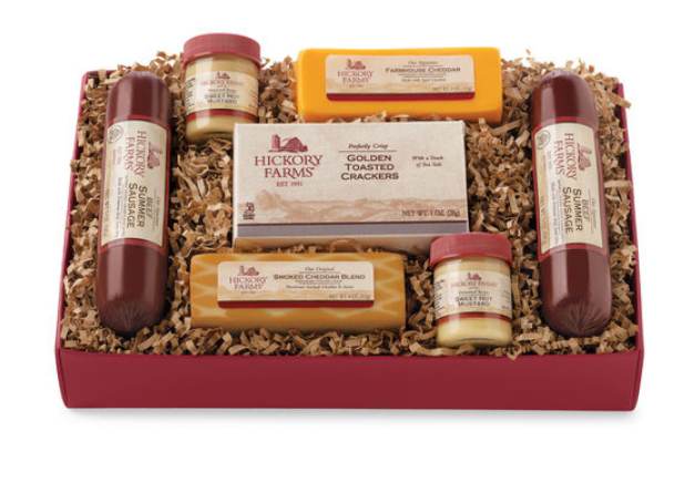 Enter The Hickory Farms Simply Savory Deluxe Gift Crate Giveaway.  Drawing August 17th