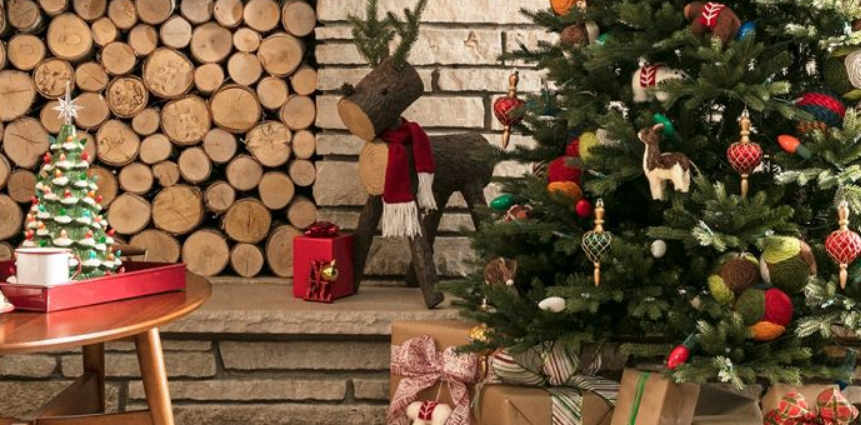 Lowe's – 75% Off ALL Holiday Decor