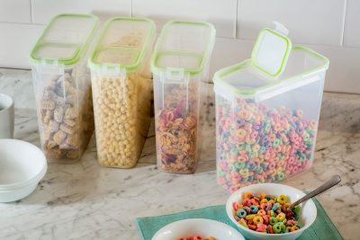 Walmart – Snapware Airtight Food Storage 15.3 Cup Rectangular Slim Container with Fliptop Lid Only $15.41 (Reg $29.00) + Free Store Pickup