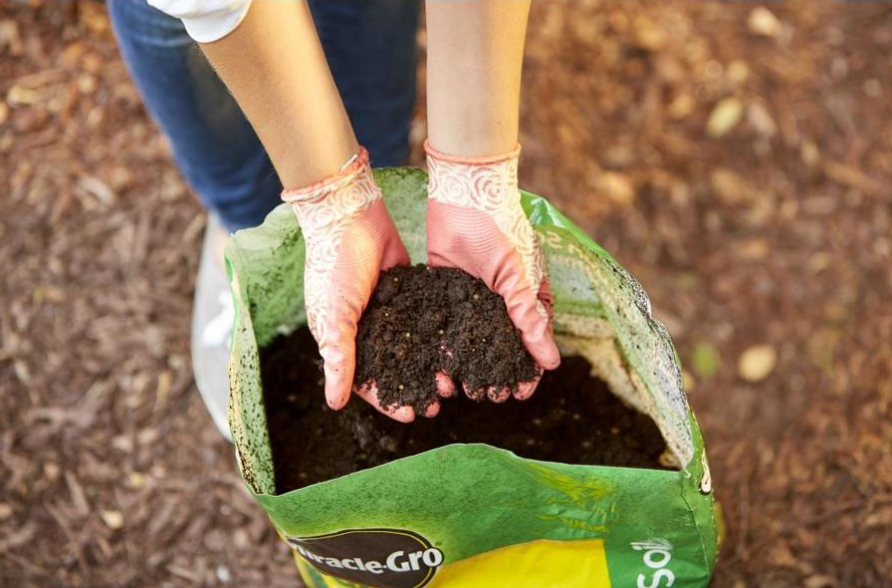 Lowe's – Miracle Gro All Purpose Garden Soil Only $2 Per Bag + Free Store Pickup!
