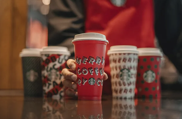Starbucks – FREE Limited Edition Reusable Cup w/ Holiday Drink Purchase Today Only