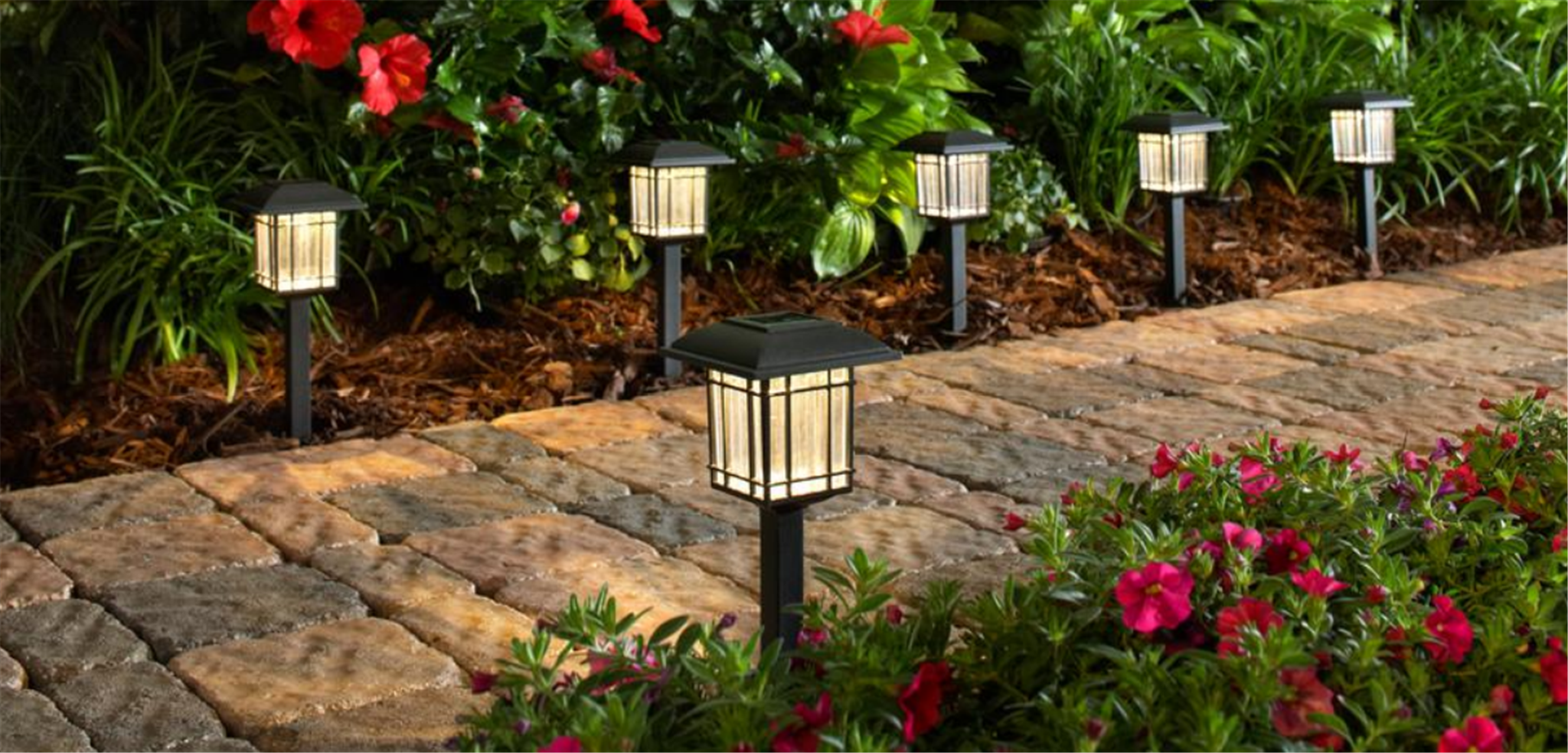 Home Depot – 6 Pack Hampton Bay Solar LED Pathway Lights Only $10.78, Reg $13.48 + Free Store Pickup!