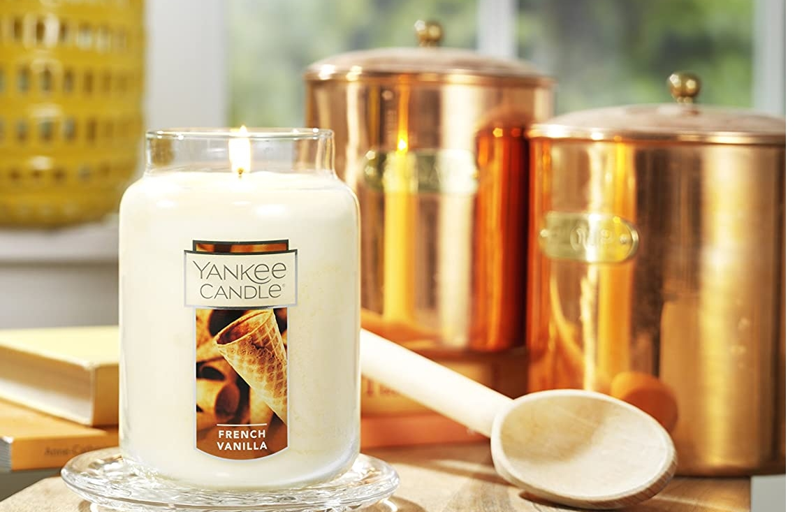 Yankee Candle Large Jar Candles Only $11.99 + Free Shipping!