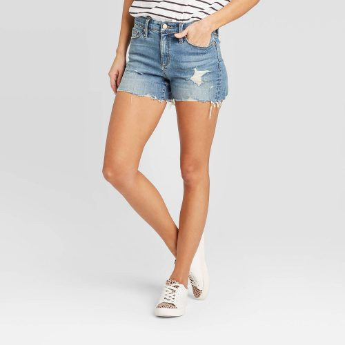 Universal Thread High-Rise Jean Shorts Only $15.00 (Reg $17.00) + Free Store Pickup at Target.com!